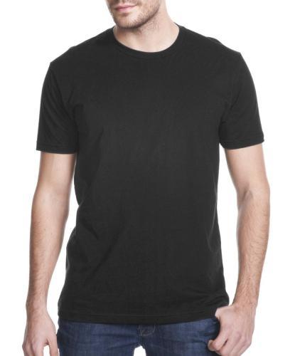 camiseta lisa modelo preto